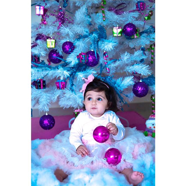 Jingle all the way💗 christmas christmasphotoshoot photoshoot ...