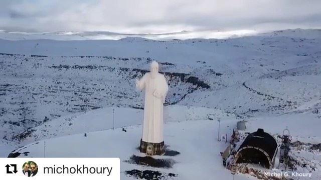 🇱🇧 Um fim de semana abençoado a todos com estas belas imagens de São... (Faraya, Mont-Liban, Lebanon)