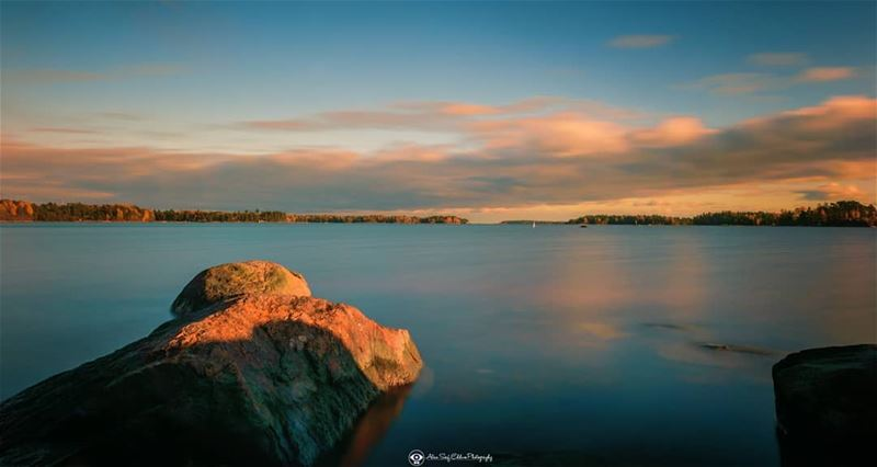 A view of the bay at sunset. photographerslife travelgram moodysgram ... (Espoo, Finland)