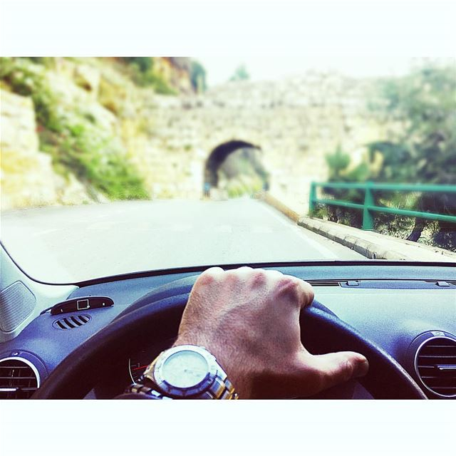 On my way ..... myway  cars  drive  lebanon ... (Lost In Lebanon)