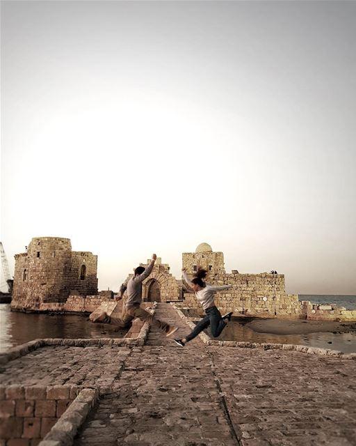 🏃🏻♂️ jubranjumps ...... lifeofadventure folkmagazine ... (Sidon Sea Castle)