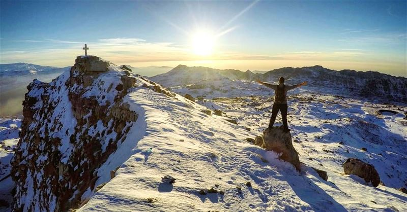 The Majestic Place ➕❄ Sunset Snow Hiking Akoura Lebanon... (Akoura, Mont-Liban, Lebanon)