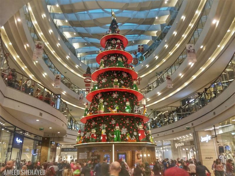 Deck the Halls...  christmastree  christmas  xmas  lebanon ... (Beirut City Center)