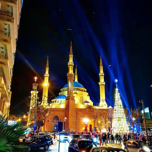 Lovely night in beirut❤🇱🇧🌲 christmastree christmastime lovelyview ... (Beirut, Lebanon)