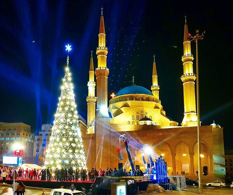 Have a goodnight beirut🌲🇱🇧❤ onemoretime christmastree christmastime ... (Beirut, Lebanon)