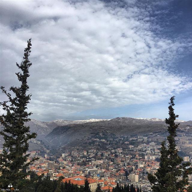 Oh hello 👋🏼 week, lets do this peterwenmaken @livelovezahleh ........ (Zahlé, Lebanon)