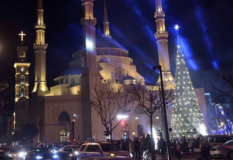 الميلاد في بيروت(📸لبنان24)⠀⠀⠀⠀⠀⠀⠀⠀⠀ ⠀⠀⠀⠀⠀⠀⠀⠀⠀⠀⠀⠀ ⠀⠀⠀⠀⠀⠀⠀⠀⠀⠀⠀⠀ ⠀⠀⠀⠀⠀⠀⠀⠀⠀⠀