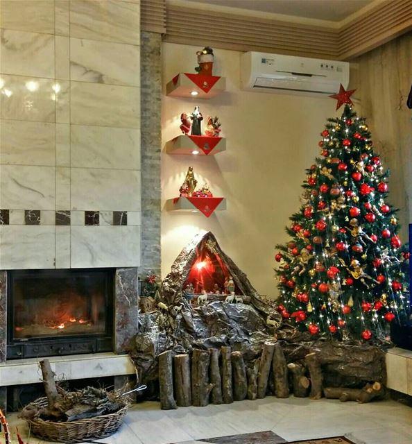 Christmas joy is in the house 🎄🎉 zahle homesweethome christmastree ... (Zahlé, Lebanon)
