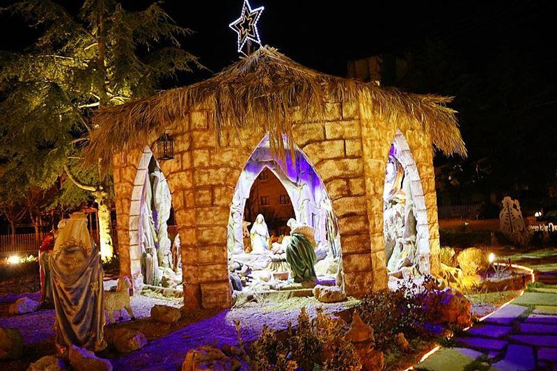 Believe in the magic of the season!!••••• photooftheday picoftheday... (El Mroûj, Mont-Liban, Lebanon)