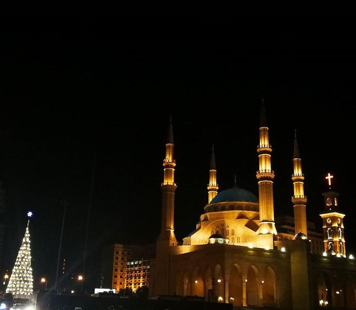 🕌Beirut⛪♥️ ☪️☮️✝️ beirut christmas christmasvibes christmastree ... (Downtown Beirut)