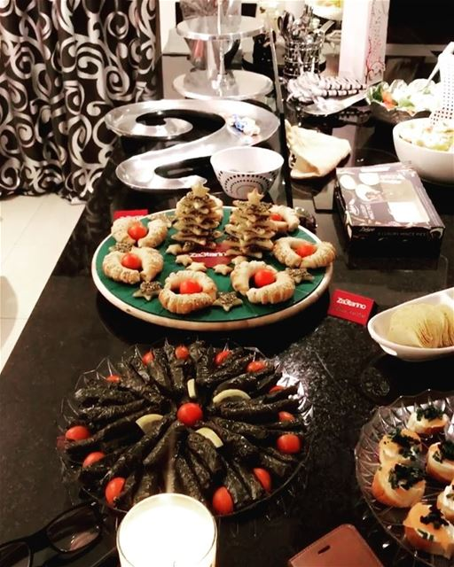 Early Christmas Indulgence 🎄🎅🏻🎄 prepared by the amazing @jocelyneelia �