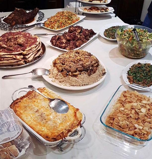 lunchtime beirut beirutfood Lebanon ❤🇱🇧