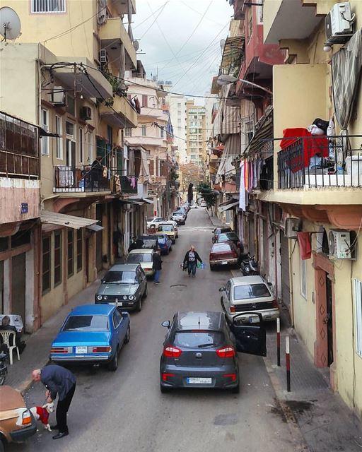 It's a busy morning 🏘By @plus961 BurjHammoud Beirut Liban Libano ... (Burj Hammud)