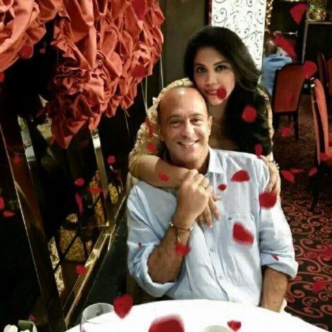 happybday a mi lindo esposo HabibiCon l'amore dei miei giorni e il mio...