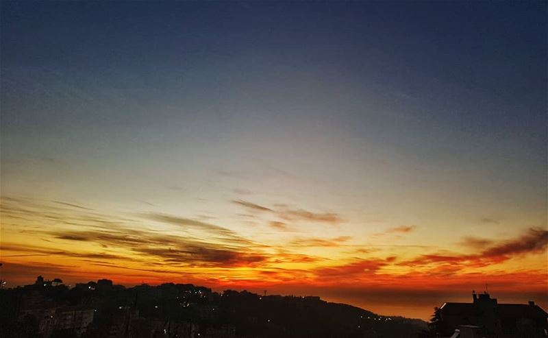 Another opportunity to reset⬅ randomlycaptured decembersunset 🌅....... (Ain el-Rihaneh)