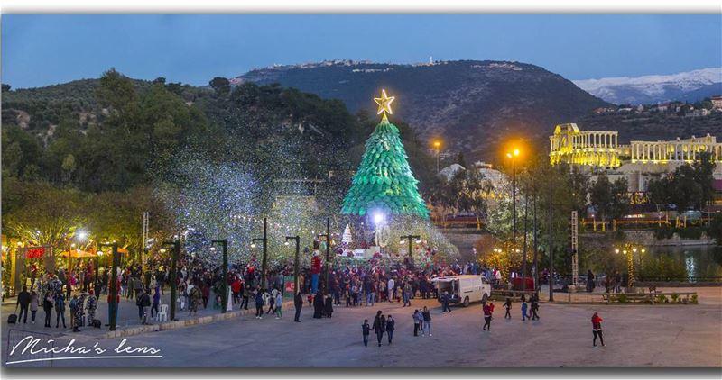 Christmas time amazingviewsofzgharta @christmasbythelake rimafrangieh ...