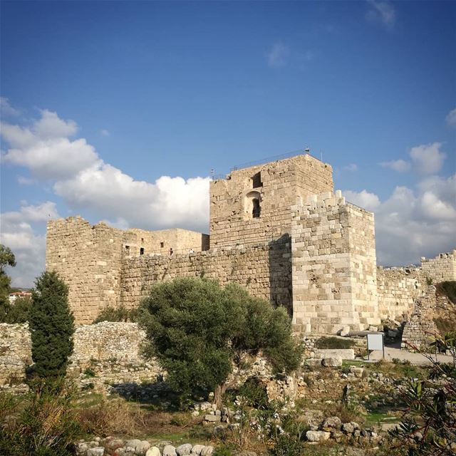 lebanoninapicture Lebanonshots LiveLoveLebanon livelovebyblos Citadel... (Byblos)