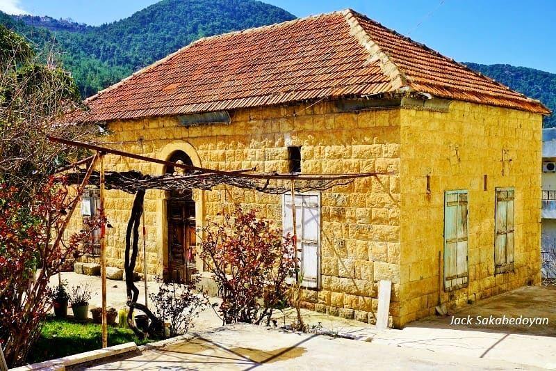 Mazraat tefeh mazraatteffah northlebanon lebanesetraditionalhouse ...