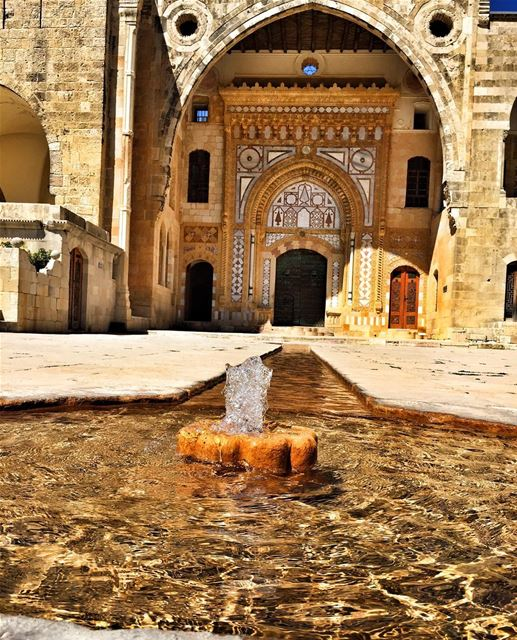 Water is the true Wealth ......💧💧🐳 livelovebeiteddine livelovebeirut ... (Beiteddine Palace)