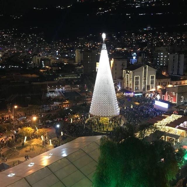 جونيه تضيء شجرة الميلادأضاءت مدينة جونيه شجرة عيد الميلاد بحضور فعاليات...