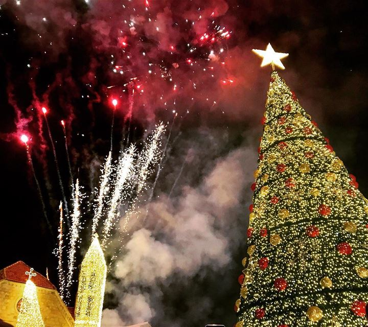 ⛪️🔔 🎇🎄 christmastree  christmas  livelovebeirut  dhourshweir ... (Dhour choueir)