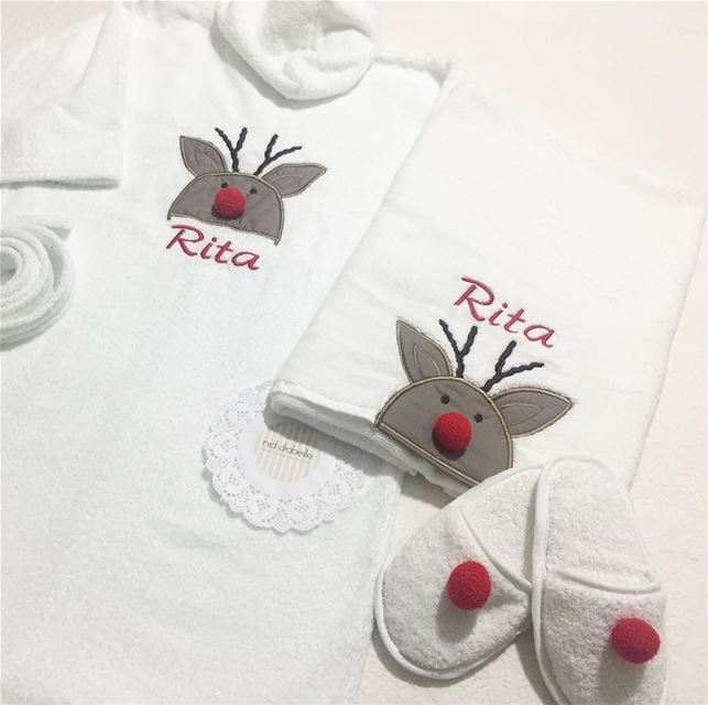Rudolph the red nosed 🎈get your set of linen for this Christmas ❤️ Write...