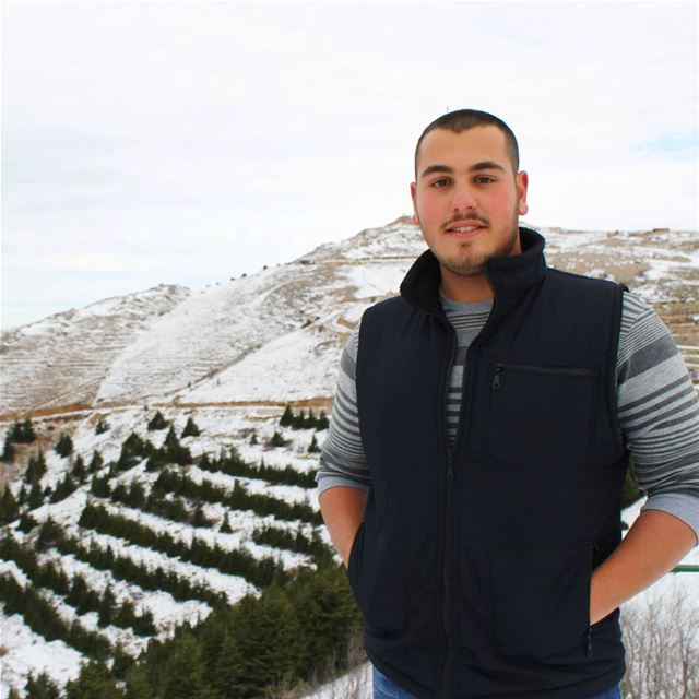 Click A Smileee 😊 lebanon snow shouf cedars december December_Vibes... (Al Shouf Cedar Nature Reserve)