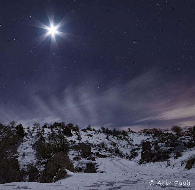 A magical night under a sparkling moon.. ❄❄❄ Lebanon tannourine snowy❄️... (Tannurin Al Fawqa, Liban-Nord, Lebanon)