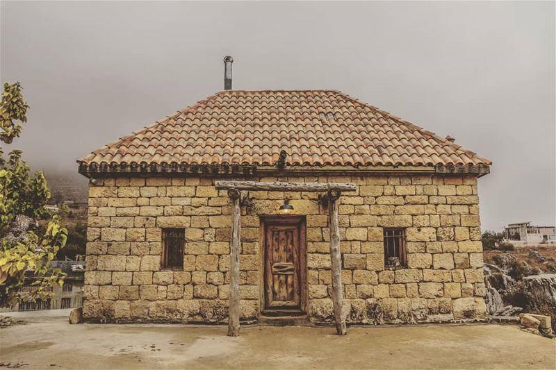 Location : Faraya, Lebanon earthpix earthofficial exploretocreate ... (Faraya, Mont-Liban, Lebanon)