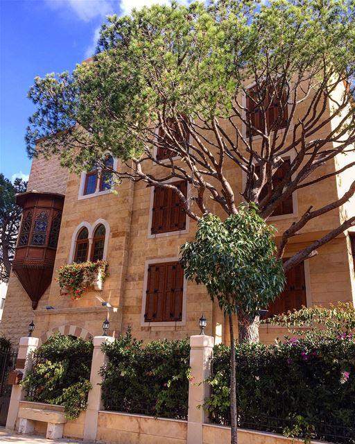 When contemporary meets vernacular architecture livelovelebanon ... (Beit Meri, Mont-Liban, Lebanon)