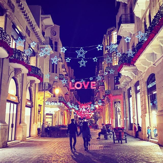 I don't want a lot for ChristmasThere's just one thing I needI don't... (Downtown Beirut)