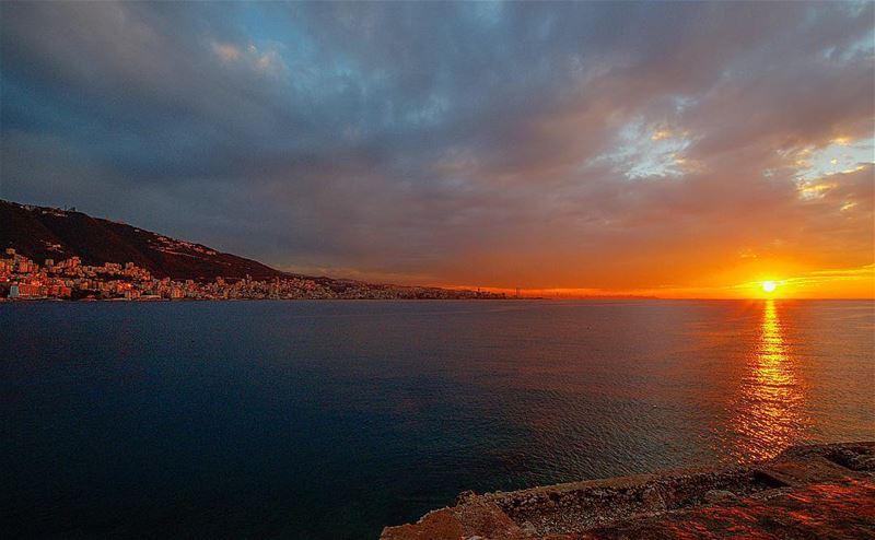 sunset sunset🌅 lebanon lebanoninapicture jounieh jouniehbynight ... (جونية - Jounieh)