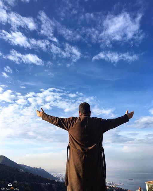 Easy like Sunday morning ❤️👑 peterwenmaken ..... lebanon beirut ... (Lebanon)