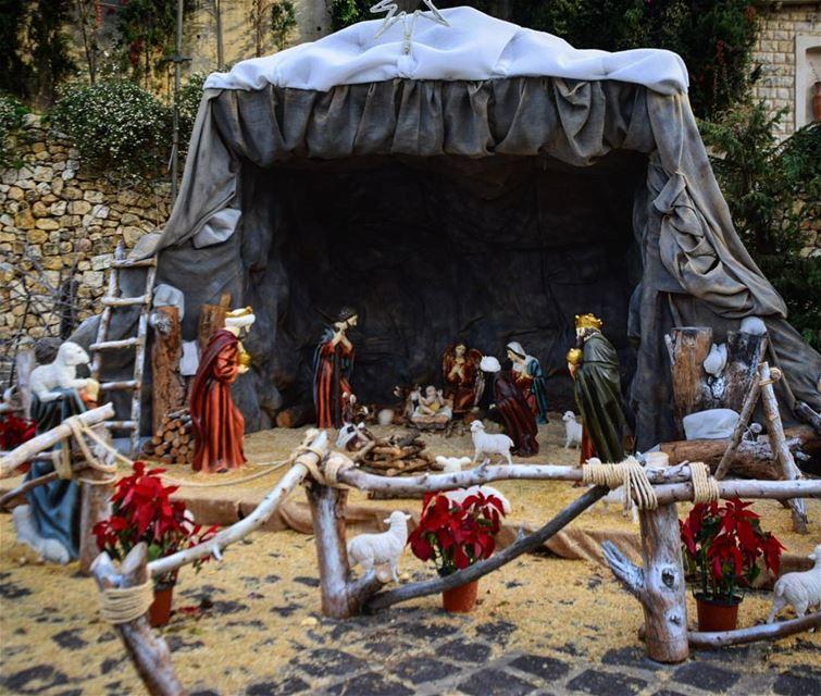 tistheseason christmas December2017 🎅 (Old Souk El Zouk)