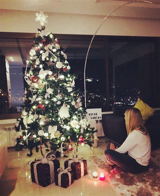 Dear Santa ...🎅🏻💚 christmasthoughts ... mostwonderfultimeoftheyear 💚.... (Lebanon)