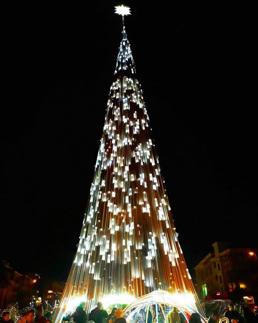 peace love joy itstheseason byblos jbeil livelovejbeil ... (Byblos - Jbeil)