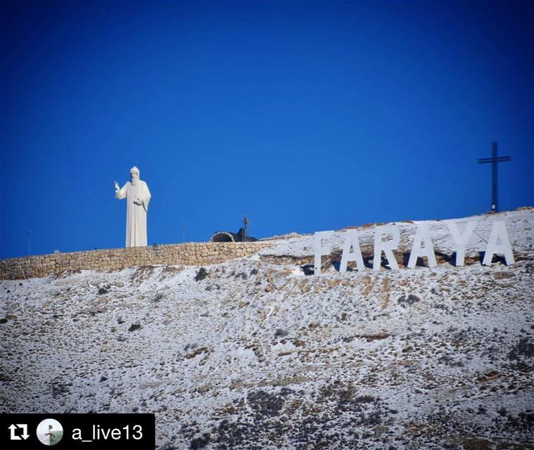 Repost @a_live13 (@get_repost)・・・يا غافي وعيونك لعينينا نور 📿 lebanon...