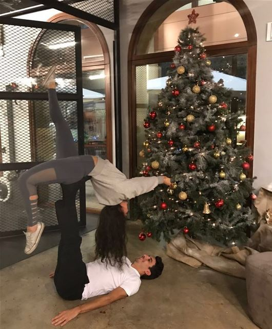Uenergy yogis! Special Christmas acro yoga week tonight and Thursday at...