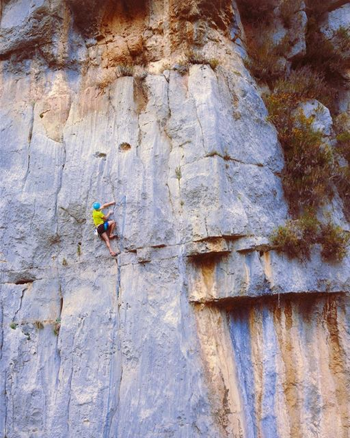 Who wants to climb this 40m route? 🧗‍♂️ (Mount Lebanon Governorate)