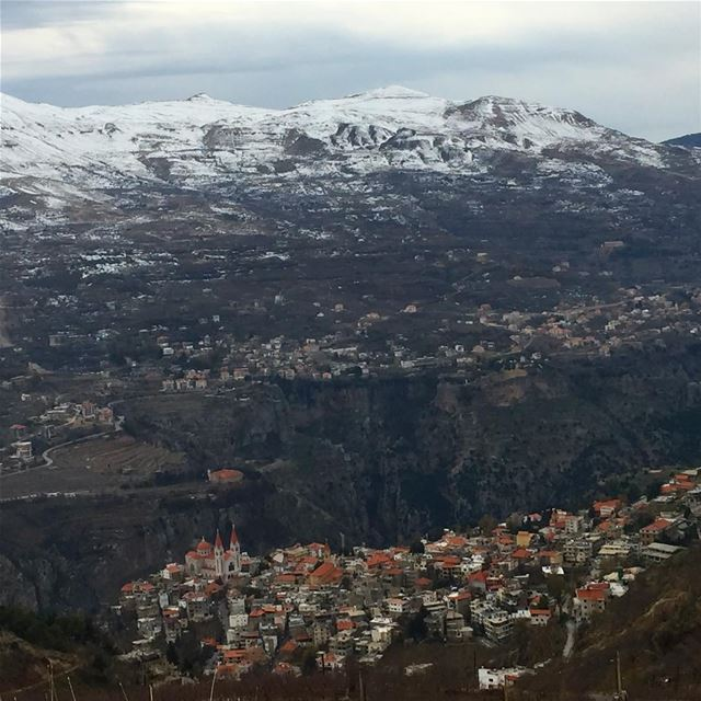 mountains snow lebanon village bcharre nature naturephotography ... (Bcharré, Liban-Nord, Lebanon)