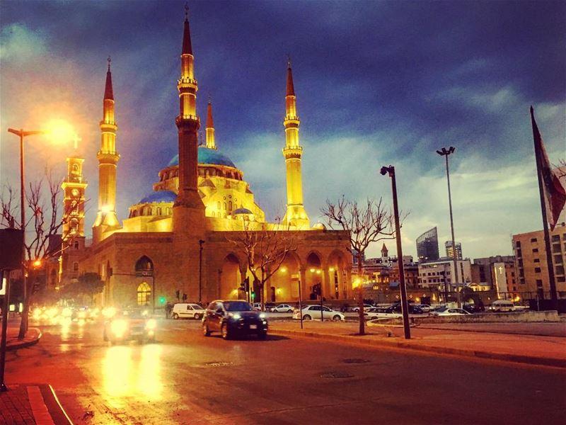 beirut lebanon city citylife citylights beirutstyle livelovelebanon... (Downtown Beirut)