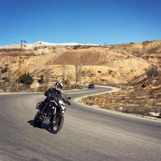 When life hits u with a curve take it 🤘🏼🏍....... gsadventure ... (Majdel Tarchich)