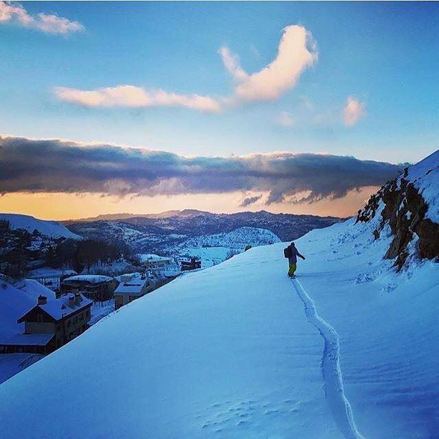 '' At Christmas all roads lead Home '' ... 🎅🏻... livelovelebanon ... (Mzaar Kfardebian)