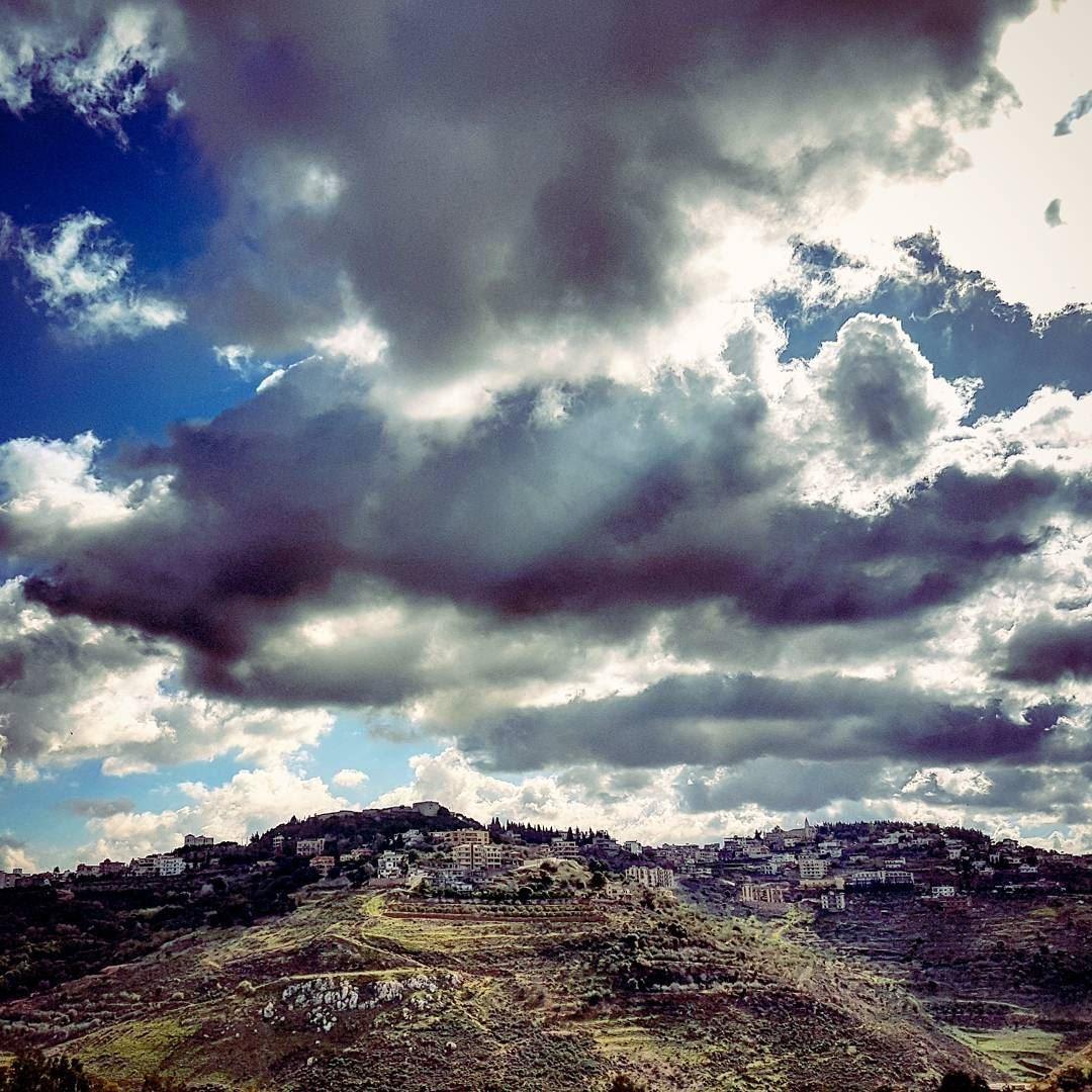 Rolling In winter lebanese landscape tibnine lebanon livelovebeirut ... (Tibnin)