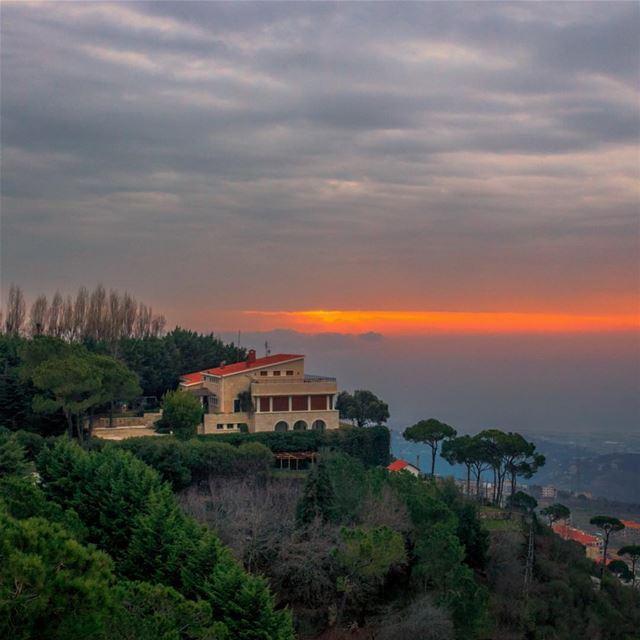 Aley sunset cloudy sky nature landscape lebanon lebanon_hdr super_lebanon... (Aley)