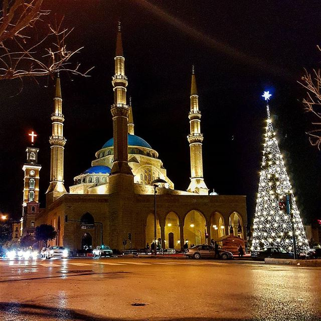 The cross, the mosque and the  Christmas tree. Part II... Lebanon  xmas... (Downtown Beirut)