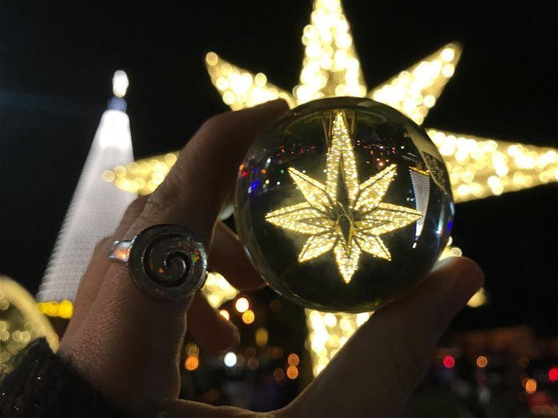 The darkest nights produce the brightest stars.✨🖤 jounieh jouniehtimes... (جونية - Jounieh)