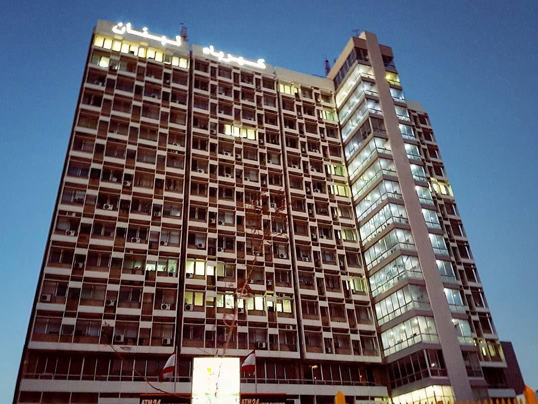 EDL retro architecture design citylife streetlife nightlife ... (Beirut, Lebanon)