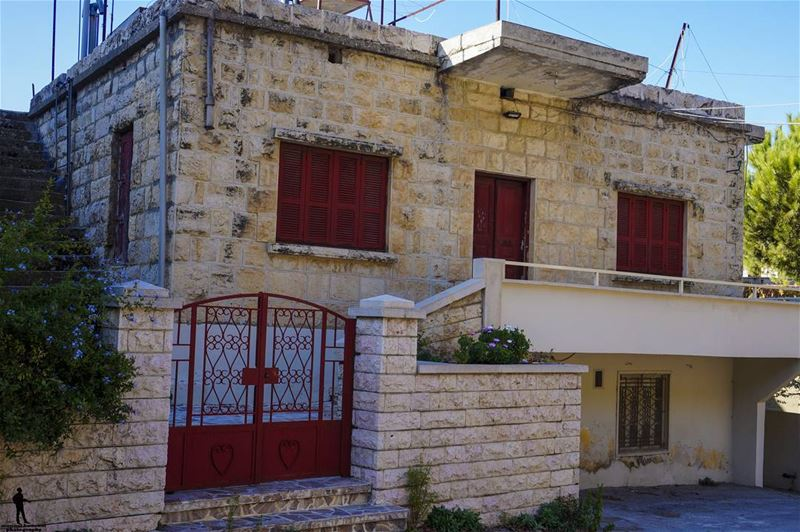 Good morning 🍁 niha liveloveniha house beautifulhouse livelovechouf ... (Niha, Liban-Nord, Lebanon)