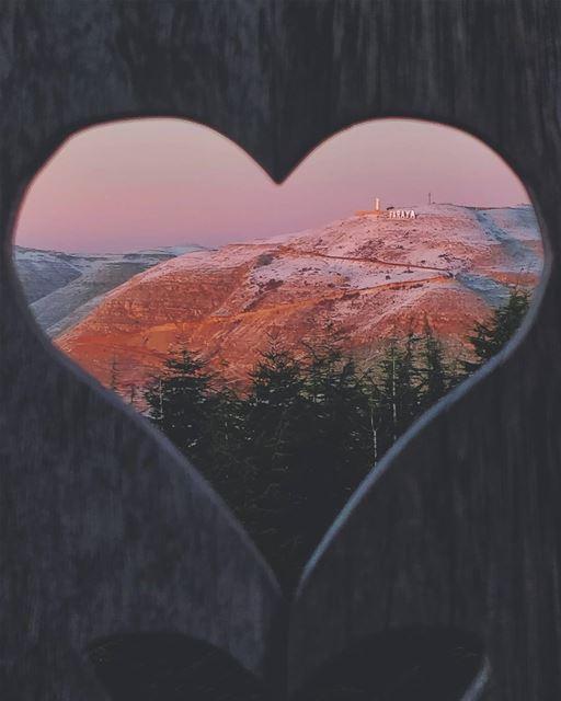 StCharbel Faraya ✝️ mylebanon 🖤... livelovebeirut ... (Le Montagnou)